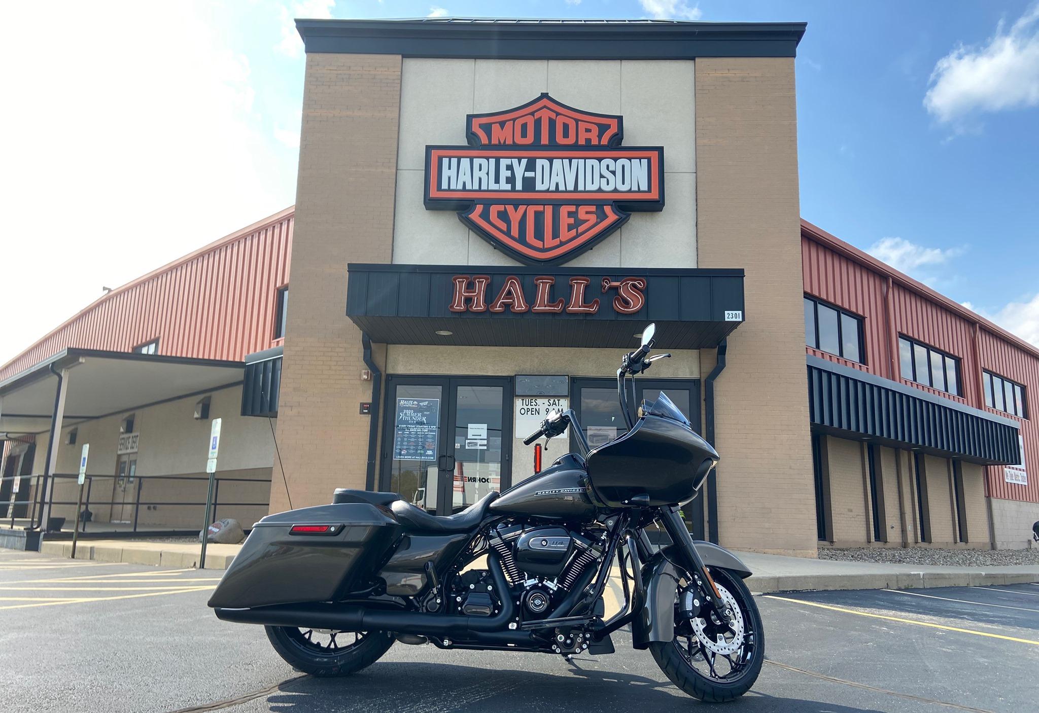 Hall's Harley Davidson