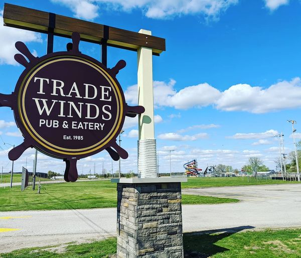 Trade Winds Pub & Eatery