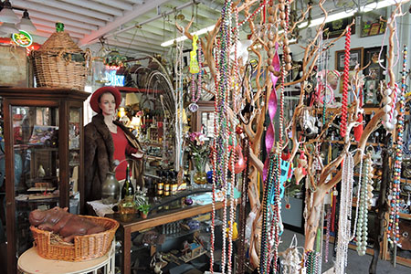 Image of Suisun Valley Antiques & Collectibles